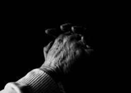 praying_esther_seijmonsbergen_stockxchng_h