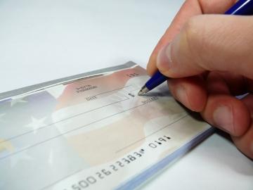 Sharing Employees' Salaries Might Make Them Work Harder